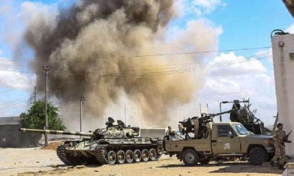 #Libia La Francia sta bombardando Tripoli