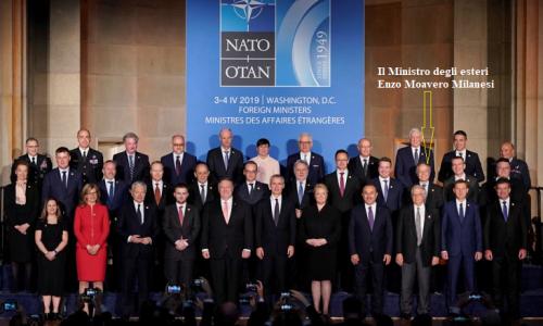 """70° NATO: I ministri degli esteri approvano il """"pacchetto"""" anti-Russia"""