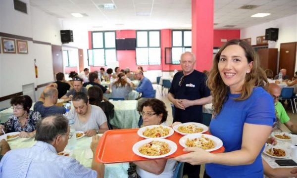#Coronavirus #EmergenzaFame #Bologna È ripresa la distribuzione di aiuti alimentari