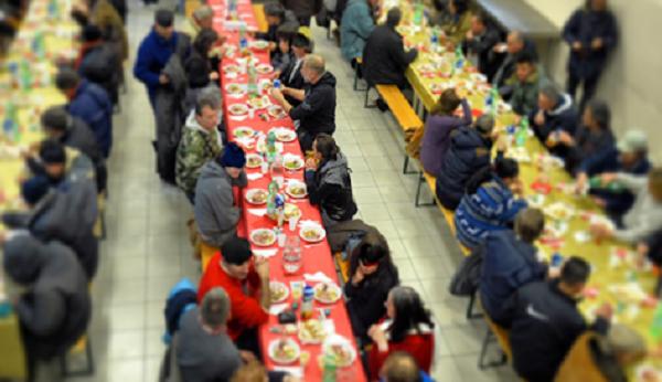 #Coronavirus #EmergenzaFame #Bologna Zuppi: I nuovi poveri appartengono al ceto medio